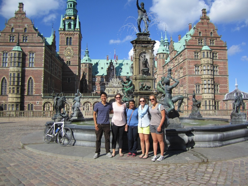 Friends at Frederiksborg Slot