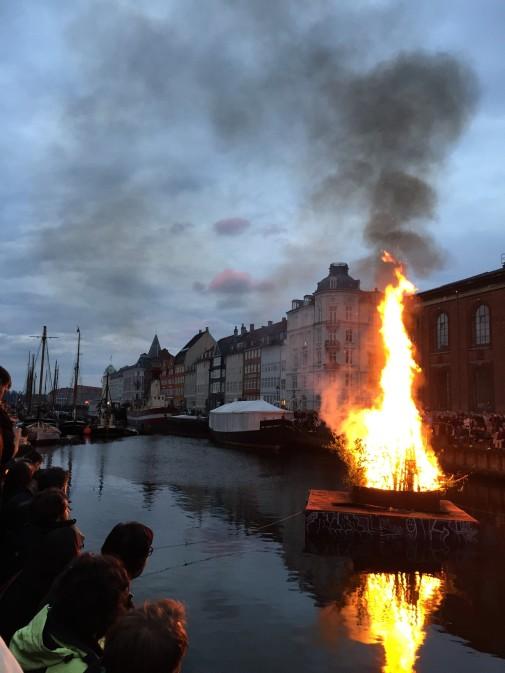 Sankt Hans Aften at Nyhavn