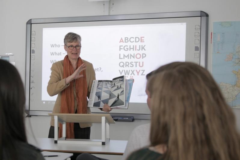 Madeleine_Teaching_2