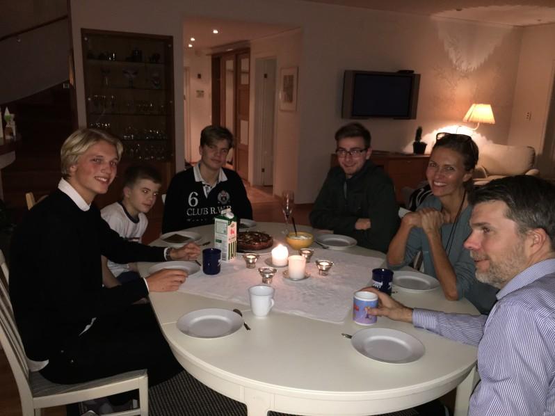 dinnerkeenan-bartlet-homestay-sto-sp17