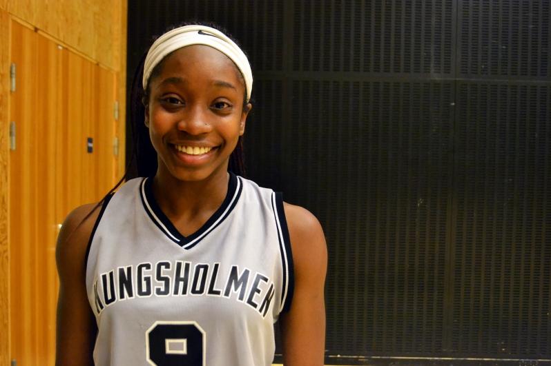 FA17_STO Kayla Basketball Game_Kungsholmen_Zoe Chodak (3)