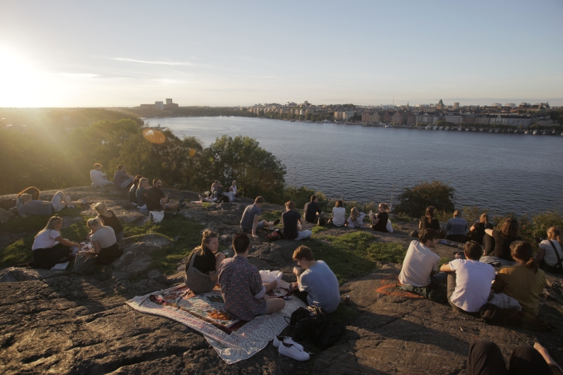 stockholm-sunset-students-3.jpg